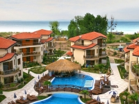 Laguna Beach Resort   Spa - вид на отель