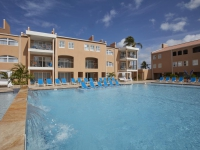 Divi Dutch Village Beach Resort - отель