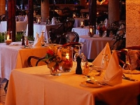 Coral Reef Club - dining