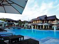 Crimson Beach Resort   SPA Mactan - вид на отель
