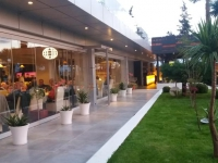 Vlora International - restaurant