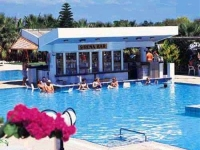 Cavo Maris Beach Hotel - Бассейн