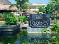 Boracay Regency Beach Resort - територия