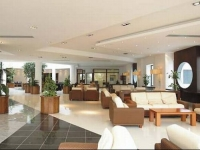Aristoteles Holiday Resort Spa - лобби